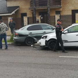 ACCIDENT la intersectia strazilor Carpati cu Alunis din SEVERIN